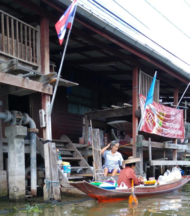 mercado-flotante-parte-no-turistica