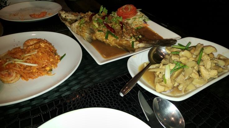 cena-pescaso-salsa-de-tamarindo